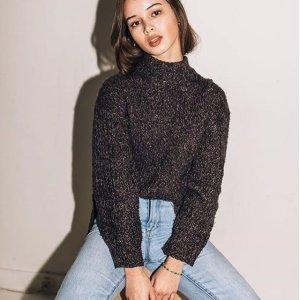 40% OffMen & Women Sweatshirt @ American Apparel