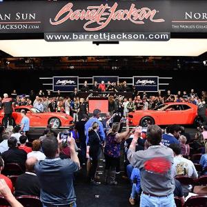 大家猜猜卖了多少钱Dodge Challenger SRT Demon 和 Viper 被打包拍卖