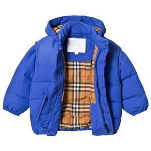 Up to 40% OffBurberry Kid's Items Sale @ AlexandAlexa