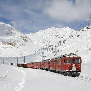 往返$270起旧金山--瑞士日内瓦 往返机票 日期覆盖1月-3月