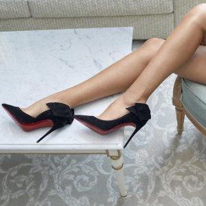 全部9折 £445入新款红底高跟鞋Christian Louboutin 致命红底鞋折扣首开 铆钉、猫跟全在线