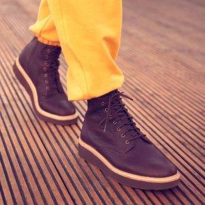 Clarks马丁靴