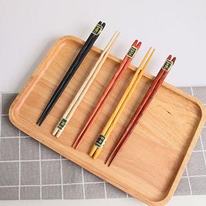 日式尖头筷子5双€5.99我猜你家筷子很久没换啦 德亚轻松买 收木筷、金属筷、儿童筷