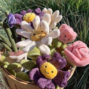定价优势+满£60减£10Jellycat 兔子、植物家族上新 蓝龙、菠萝包补货