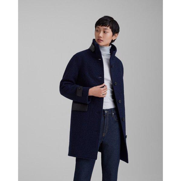 纯羊毛大衣