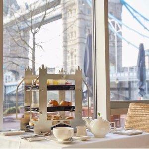 双人套餐 低至£24.95The Tower 伦敦塔桥风光下午茶套餐