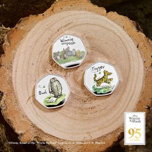 £10起  2021年第2枚猫头鹰币发售上新:The Royal Mint 小熊维尼纪念币 超可爱钱币收藏