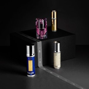La Prairie Exclusive2-piece White Caviar Gift and two samples of your choice @ la prairie