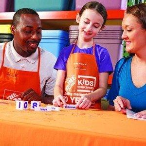 制作木质日历Home Depot 1月免费的儿童手工作坊活动