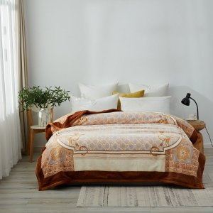 Queen Size Artemis Raschel Velvet Blanket