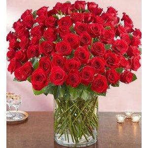 带圆形花瓶100朵玫瑰花