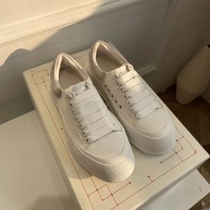 变相67折 €219收新款小白鞋24S 春季限时大促 Alexander McQueen小白鞋 颜色超全