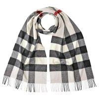 Burberry Mega 围巾