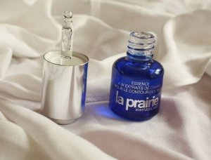 $125La Prairie CAVIAR Essence of Caviar Eye Complex (15ml)