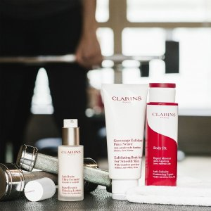 Last Day: Free 11-piece Giftwith any $100+ Mother To be Products purchase @ Clarins