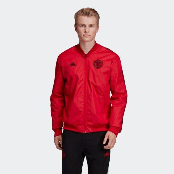 大红色外套