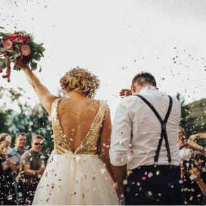 原创征文#结婚大作战#不怕狗粮,来秀秀你的婚礼现场和婚纱照