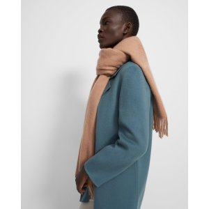 TheoryClassic Scarf in Cashmere