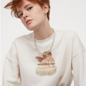 3折起 £4起就收!H&M 卫衣专场热卖 学生党必备Essentials风 小天使、印花系列参与
