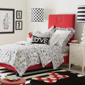 无门槛包邮+低至5折 梦幻房间来打造限今天:迪士尼官网Ethan Allen床品、家居品优惠 米奇图案枕头$39