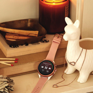 25% Off Items Under $125+ $199 Touchscreen Smartwatches @ Fossil