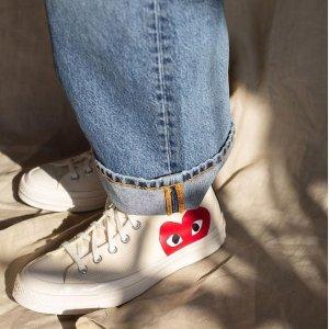 首单满$150享9折Comme Des Garçons Play 新品热卖 桃心帆布鞋$135码全