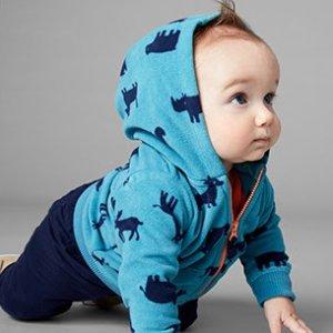 宝宝2件套$10 加件外套$17Carter's童装官网 秋季服饰低至4折热卖,睡衣降价