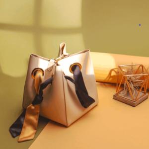 独家8折, 丝带水桶包到手¥471Unitude 小众高级感的平价打开方式,一场实用主义美学的奇思妙想