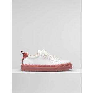 花瓣小白鞋