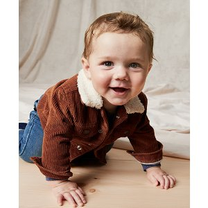 OshKosh B'gosh婴儿外套