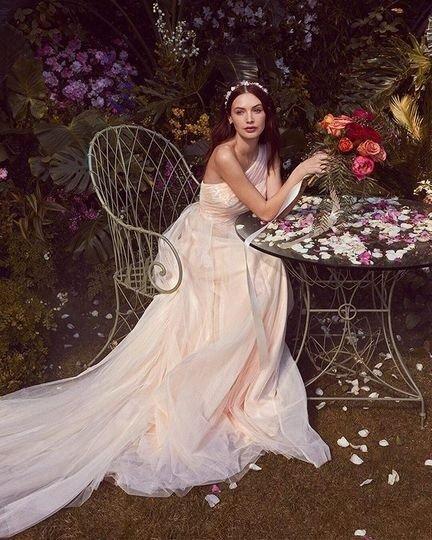 花朵婚纱礼裙 10码