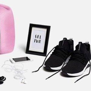 $38.08(原价$110.74)Reebok 女士高帮针织运动鞋 舒服实穿性价比爆棚