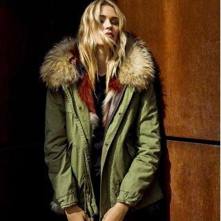 Extra 20% OffMR & MRS ITALY Sale @Barneys New York