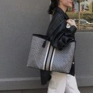Tory Burch尺寸:29x39x15cm手提包