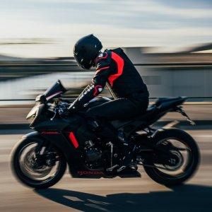 购买指南+类型介绍新手如何购买第一辆摩托车?准备好去骑行了吗