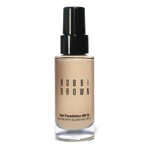 Bobbi Brown润泽粉底液 SPF15