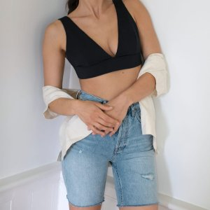 New Member 10% Off + Free ShippingNew Arrivals: EVERLANE Summer Shorts Hot Pick