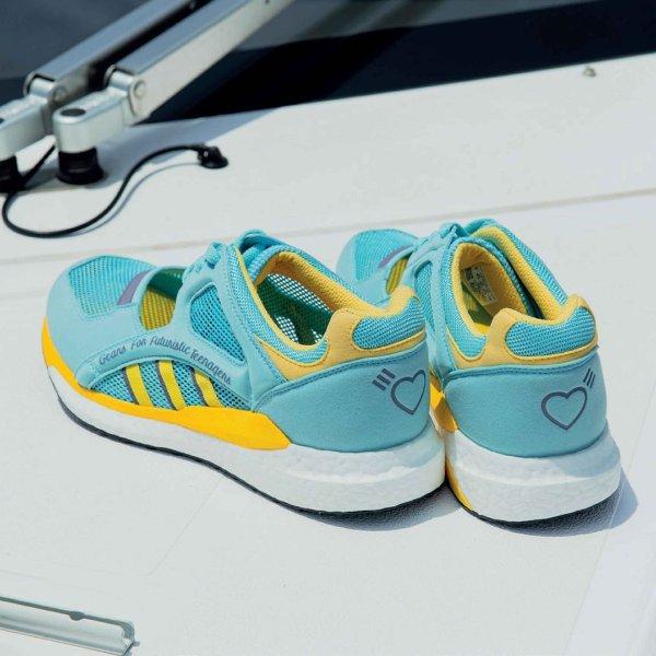 EQT Racing Cutout 男鞋