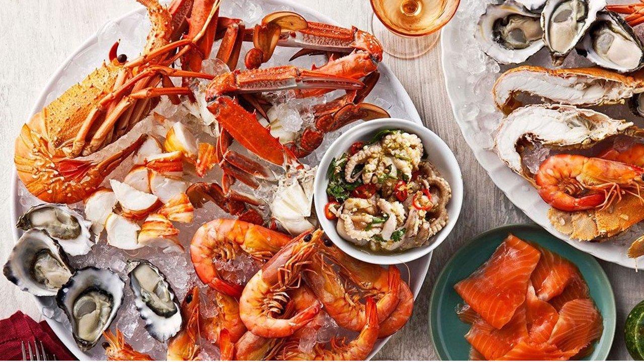 盘点美国最美味的海鲜店!螃蟹生蚝龙虾小龙虾吃起来!