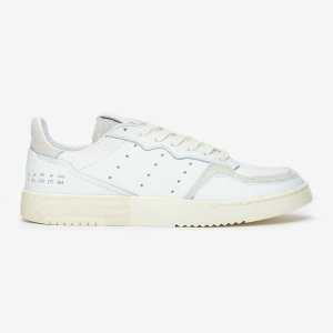 adidas Originalsblackpink海报同款!Supercourt 小白鞋