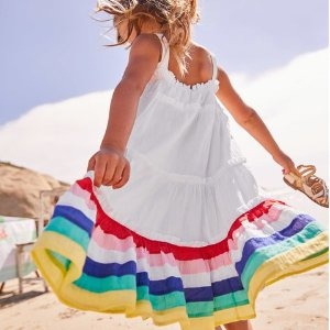 7.5折Mini Boden童装官网 美裙、衬衣、婴儿套装等两日热卖