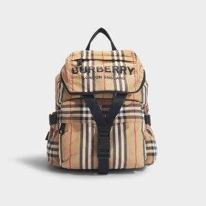 Burberry双肩包
