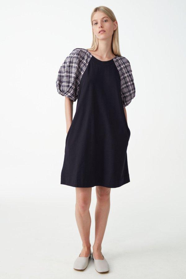 格纹泡泡袖连衣裙