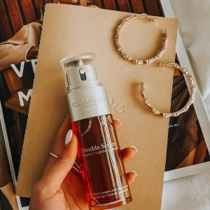 Free 7-Piece Gifton orders over $100 + Free 2-day shipping @ Clarins