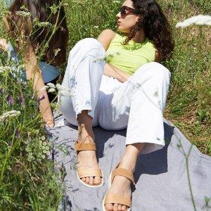 6折起+额外8.5折+免邮ECCO 夏日凉鞋专场 阳光橙平底款$84 休闲有风格