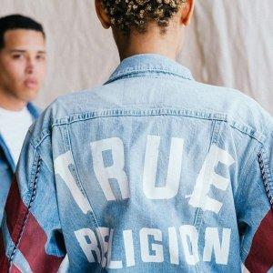 额外7折 入手爆款牛仔衣True Religion 折上折超低价热卖 $18收百搭潮T