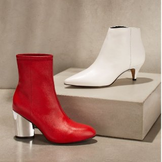 Up to 60% OffSelect Women's Boots @ Bloomingdales