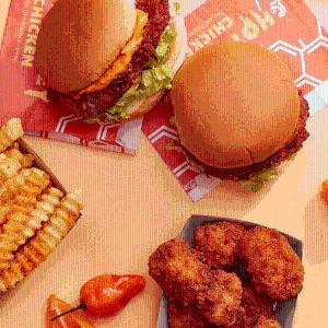 香辣蜂蜜蛋黄酱主食系列上新:Shake Shack 夏季限定 西瓜薄荷Mojito、跳跳糖奶昔等