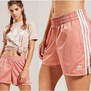 Adidas爆款豆沙色短裤