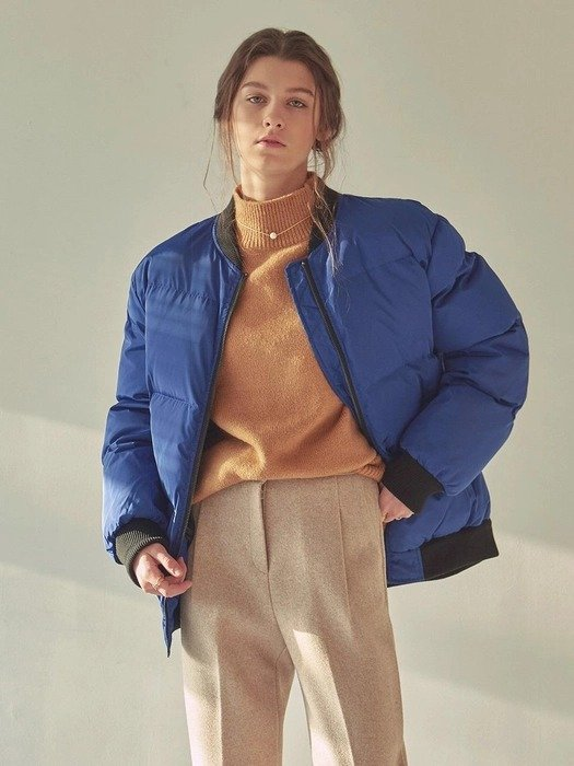 宝蓝保暖外套